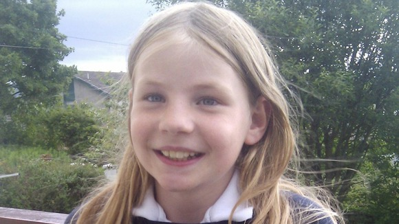 Council lifts bans on 9-year-old Martha Payne's school dinner blog