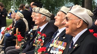 British and Russian veterans pay their respects in Saint Petersburg