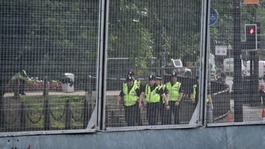 Nato 'ring of steel' fences sent to Calais to stop immigrants
