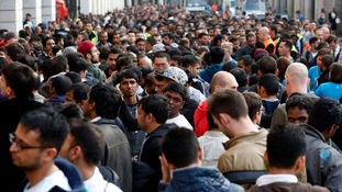 Apple fans queue outside its Covent Garden store to buy the new iPhone 6