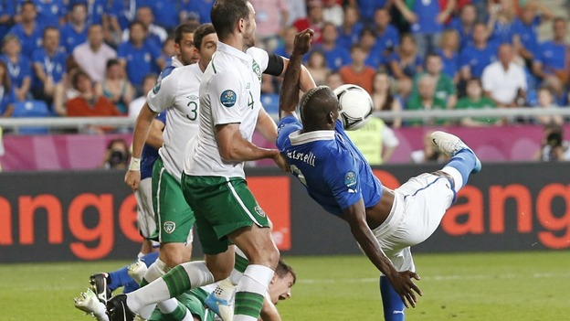 Italy striker Mario Balotelli scores against Ireland.