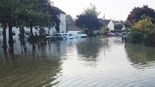 Road turned into river after burst water main in Oxford