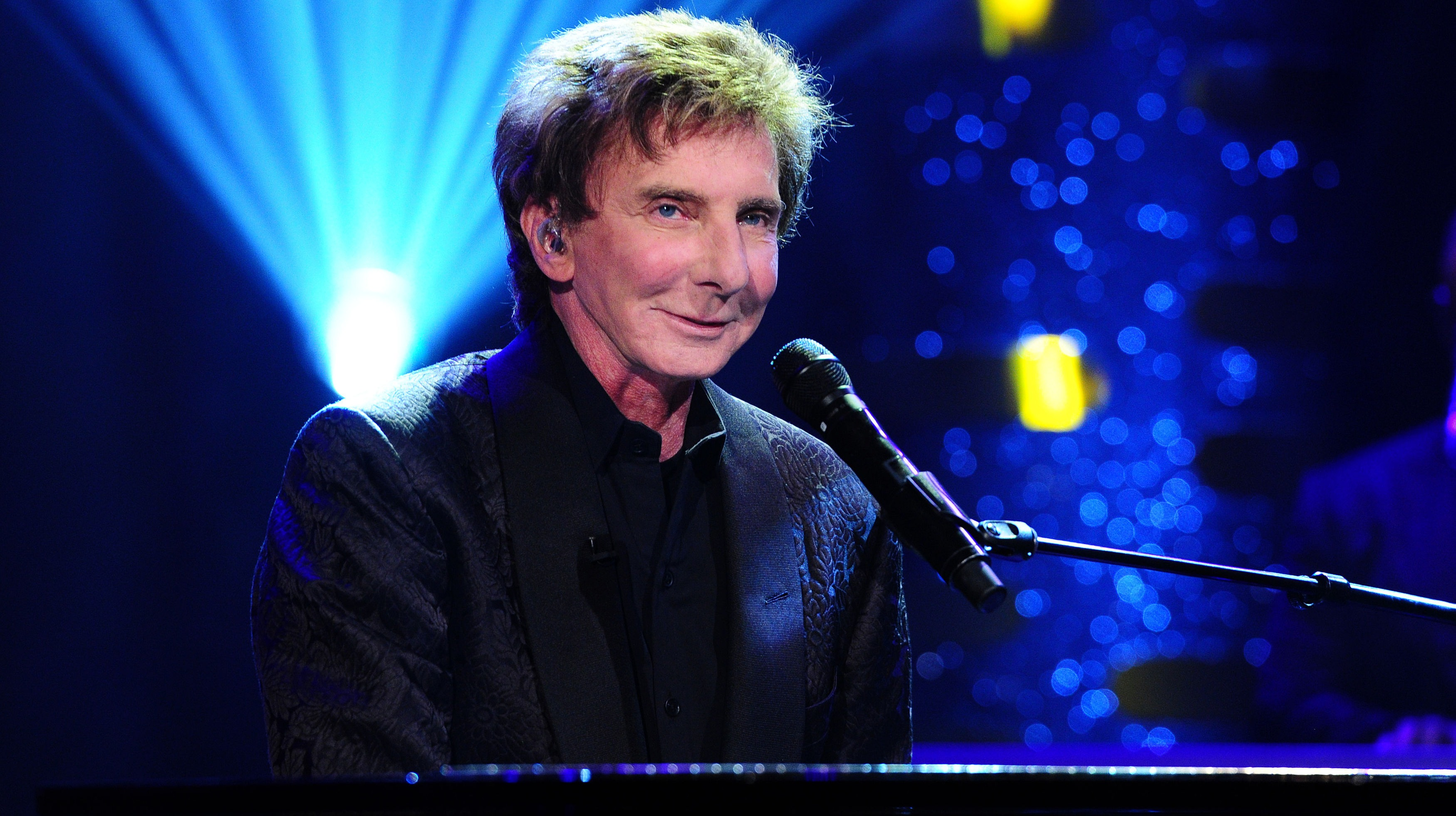 manilow records entire album with singers who have died