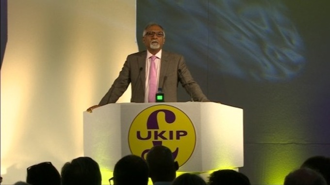 Ukip's Communities spokesman Amjad Bashir addressing party activists.