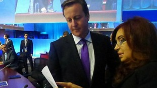 David Cameron rejects Cristina Fernandez de Kirchner's Falkland Islands documents at G20 meeting