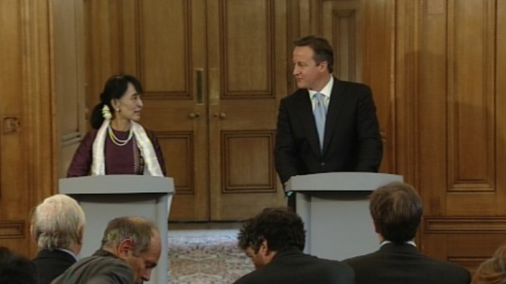 Aung San Suu Kyi with David Cameron