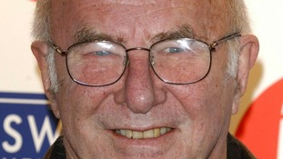 """Clive James says he is """"getting near the end"""" of his life"""