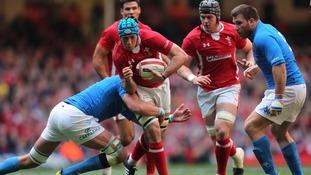 Justin Tipuric playing against Italy