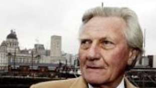 Michael Heseltine will receive the freedom of Liverpool at a special ceremony this afternoon.