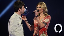 Noel Gallagher and Kate Moss at a award ceremony