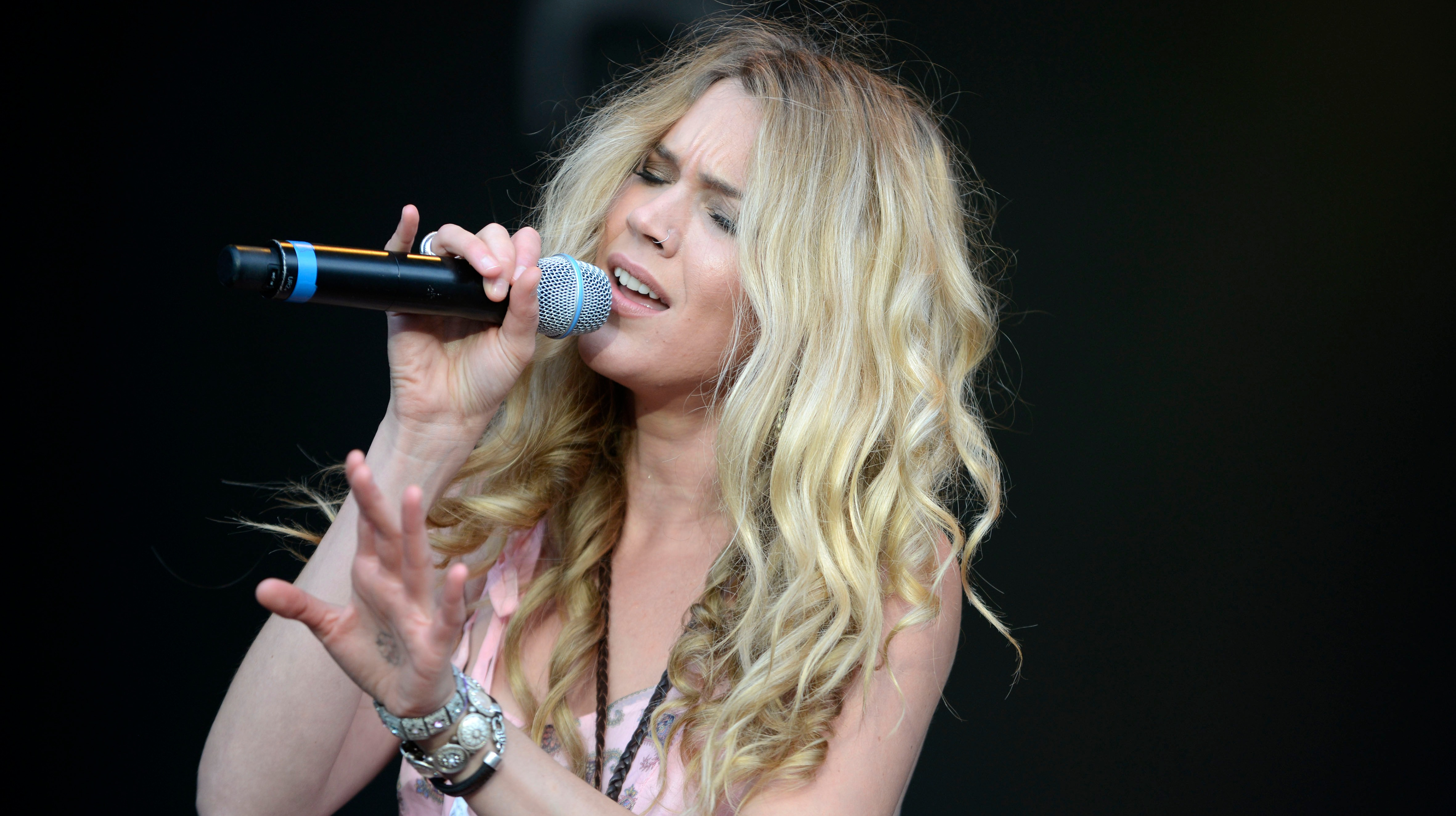 Devon's Joss Stone to release Poppy Appeal single | West ...