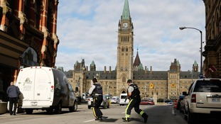 Soldier and gunman killed in shooting attacks in Ottawa