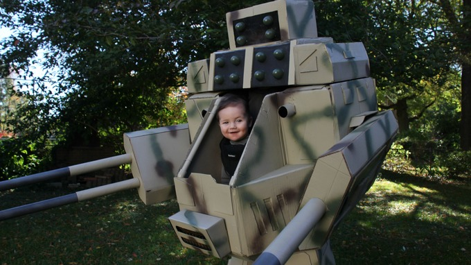 Dad makes baby-piloted Mech Warrior costume for Halloween  sc 1 th 168 & Dad makes baby-piloted Mech Warrior costume for Halloween - ITV News