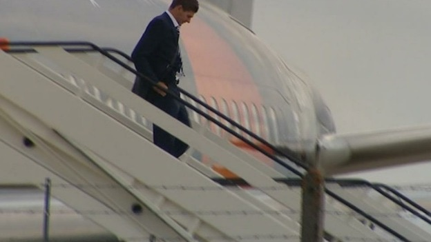 Stephen Gerrard steps off a plane