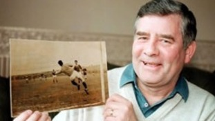 Sammy Reid died at his home in Wishaw, Lanarkshire, on Sunday 9th November.