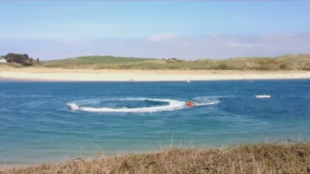 speedboat_out_of_control_video_Westcountry