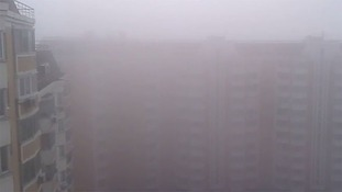 Moscovites urged to stay indoors as 'toxic cloud' engulfs city