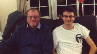 Stephen Sutton's father supports new bowel cancer campaign