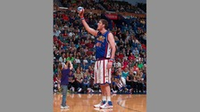 Paul 'Tiny' Sturgess is the world's tallest basketball player