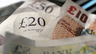 NAO: Billions lost through failing to track tax dodgers.