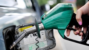 AA: Motorists still getting poor deal at petrol pumps.