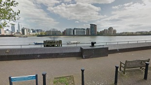 Man caught trying to dump a body in the Thames