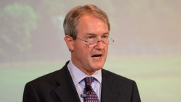Ex-Cabinet minister Owen Paterson calls on Cameron to leave EU