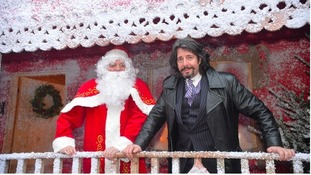 Laurence Llewelyn-Bowen pledges to fix The Magical Journey following closure