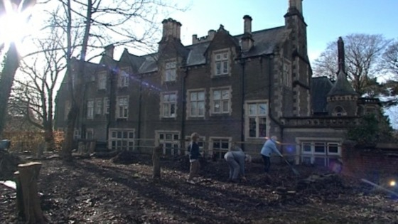 People working in the garden at Insole Court