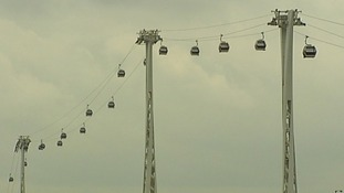 Thames cable car opens
