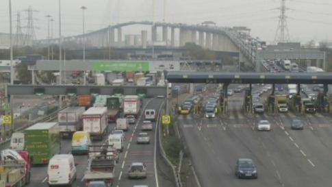 Dartford Crossing Traffic Update >> Charges suspended on the Dartford Crossing | Meridian - ITV News