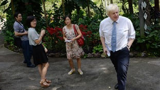 Boris Johnson with visitors to the Singapore Botanical Gardens