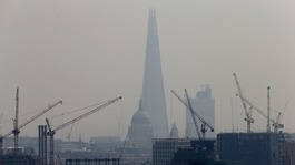 MPs urge action as air pollution reaches 'crisis levels'