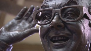 pic of eric morecambe