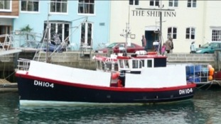 Boats to sail to Purbeck Isle wreck to remember fishermen