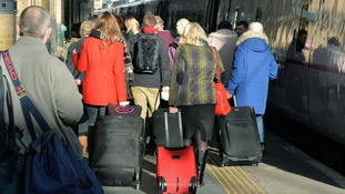 British Transport Police has warned train passengers to take extra care of their luggage when trains are waiting to depart stattions