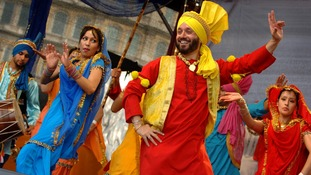 2007: Dancers in London's Trafalgar Square for the fifth annual Vaisakhi celebrations.