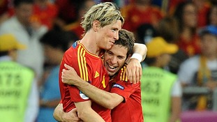 Spain's Fernando Torres (left) celebrates scoring their third goal of the game with fellow goalscorer Ramos Jordi Alba.