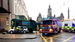 Number of fatalities after Glasgow bin lorry crash