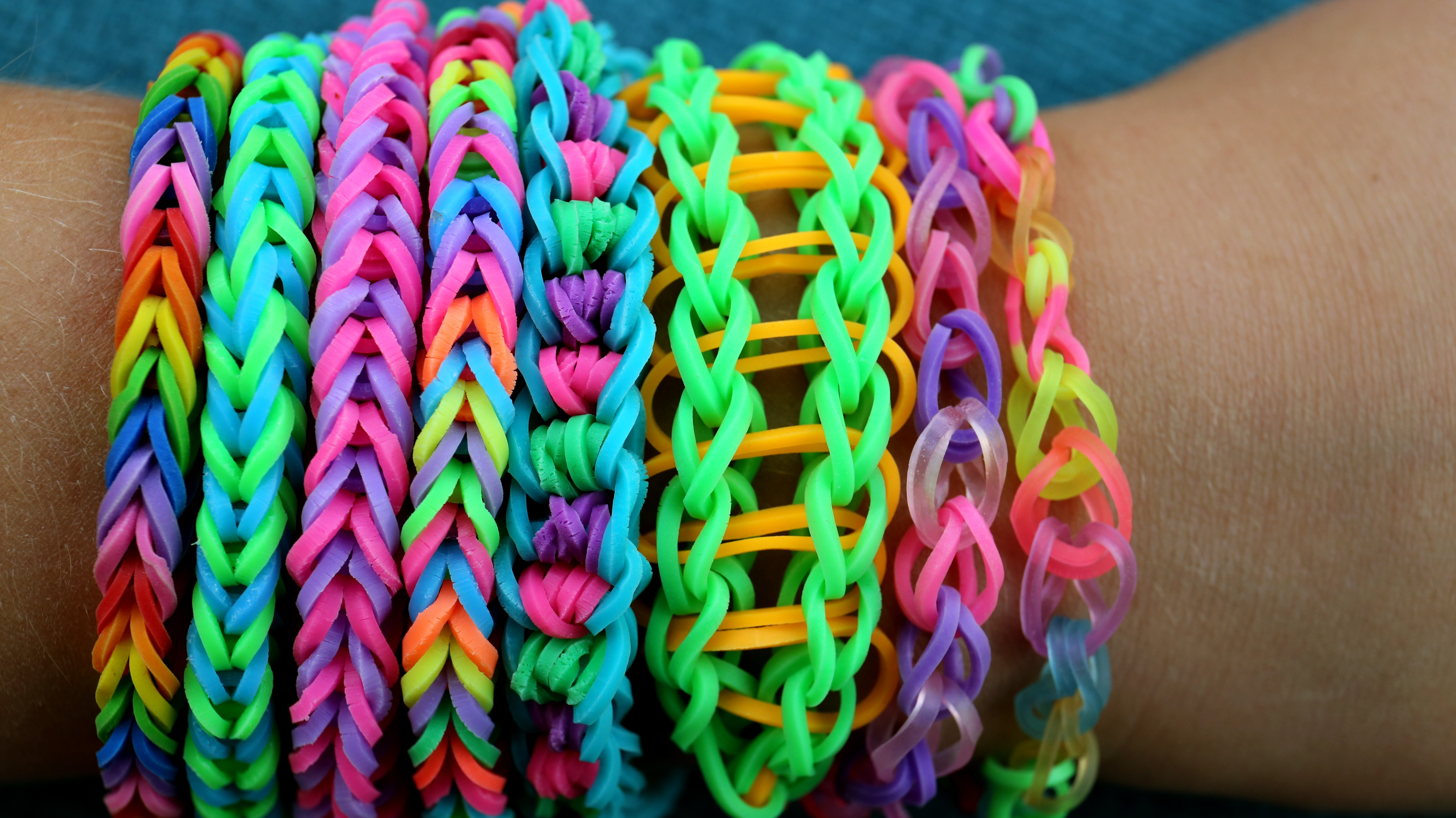 Loom Band Safety Children Get Loom Bands