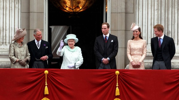The QUeen, DUke and Duchess of Cambridge, Princes Charles and Harry and Duchess of Cornwall on the balcony at Buckingham Palace
