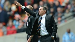 Luton Town's manager Paul Buckle