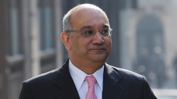 "House of Commons Home Affairs Committee chairman Keith Vaz said he was ""extremely concerned"" about immigration queues."