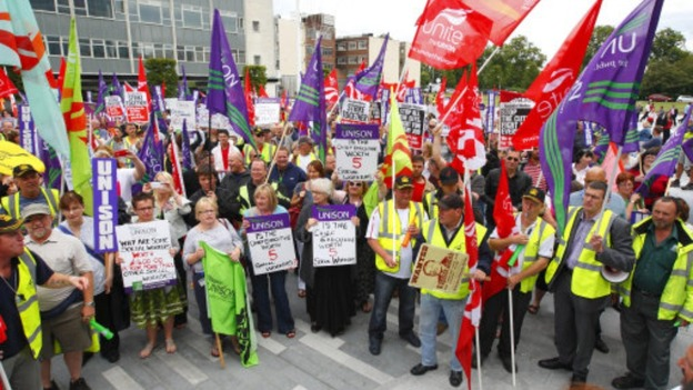 Council workers&#x27; protest