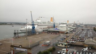 Cruise liners in line