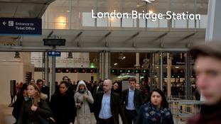 Rush hour misery for hundreds of commuters after long delays at London Bridge