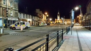 Annan High Street is closed as the EOD inspect the package