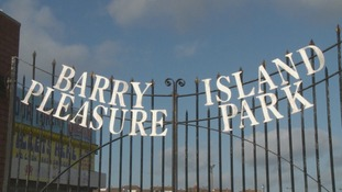 barry island gates