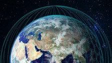 A graphic illustration the OneWeb satellite constellation