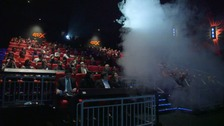 4D cinema: Wind, fog and lightening in motion seats
